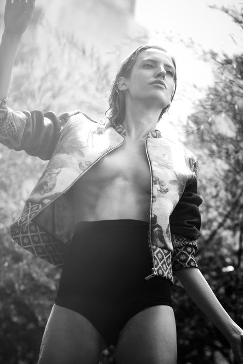 Giacca: Carmen Steffens / Croped: Triya